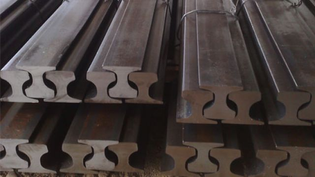 CR 73 Steel Rail
